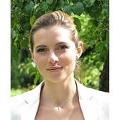 Julia Müller - b5ce58389