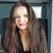 Frau Christina Walz