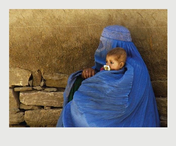 Burka mit Kind