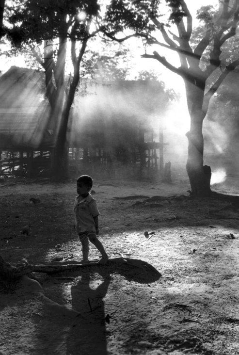 Little Boy – Kontum Village – Vietnam