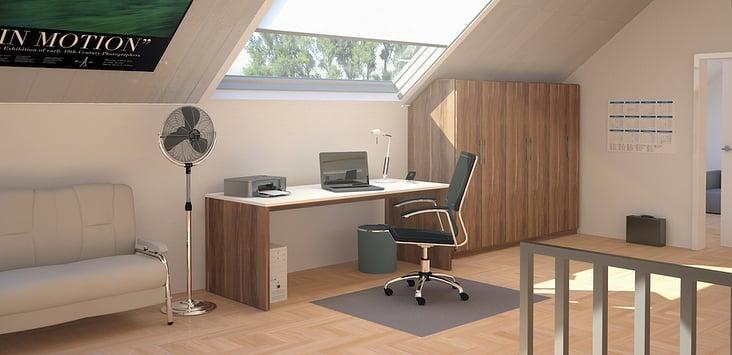 Maßgefertigtes Home Office im Dachgeschoss