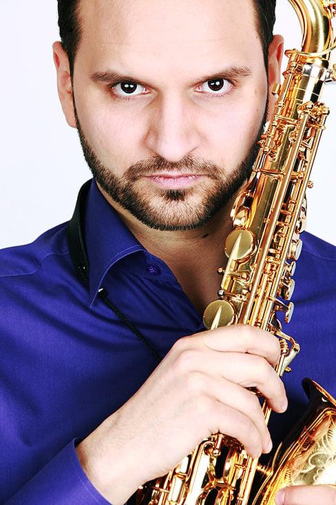 Kristof Dömötör– Klarinette Saxophon
