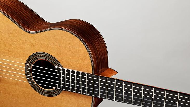 06 Altamira Gitarren