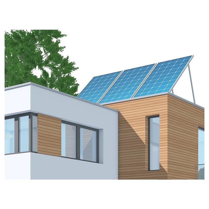 Nachhaltige Energieversorgung: Solaranlage auf dem Dach eines Energieeffizienz-Hauses