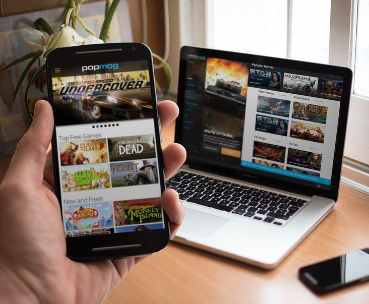 Beispiel des Free 2 Play Spiele Portals Popmog mit Responsive-Webdesign