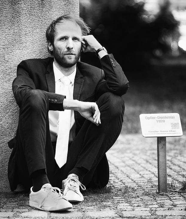 DENIS LARISCH // Schauspieler