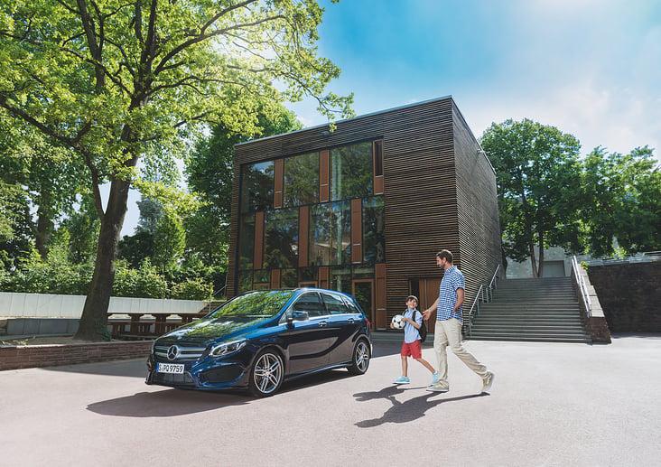 Mercedes Benz Fahrhilfen