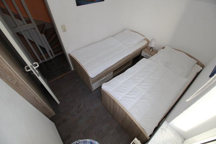Schlafzimmer 2 FeWo Shania