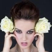 """white roses"" von Constanze Roth"